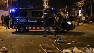 La protesta al carrer per la detenció de Puigdemont. Testimonis de la mobilització a Barcelona