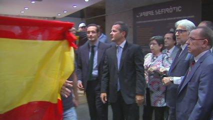 Imatges de l'atac d'un grup de falangistes a la seu la Generalitat a Madrid