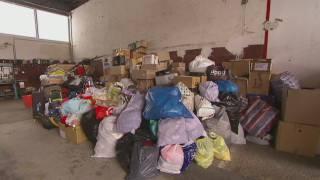 Bombers de Figueres recullen material pels refugiats