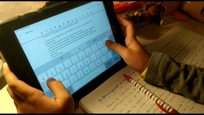 L'escola online xoca amb les diferències econòmiques i socials