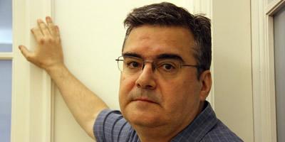 """L'escriptor Sergi Pàmies publica """"La bicicleta estàtica"""", un nou llibre de contes"""
