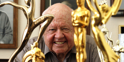 Mor l'actor Mickey Rooney als 93 anys
