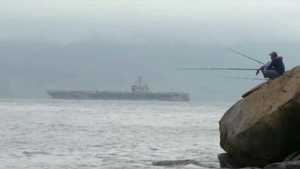 La història d'un portaavions i dos creuers de luxe atrapats pel coronavirus des de fa tres setmanes
