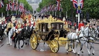 "John Carlin: ""Si entres al negoci de la monarquia, has de mantenir la 'mística'"""