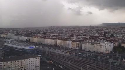 """Time-lapse"" d'una tempesta a Viena"