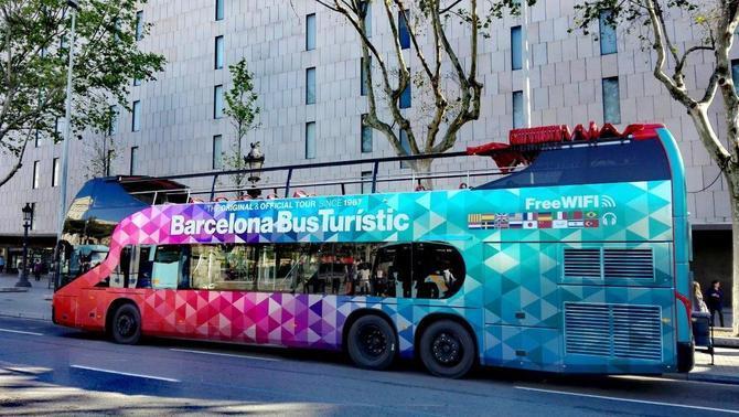Barcelona Bus Turístic - Super3 b6dc61b470b