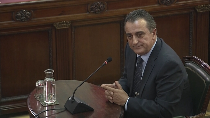 "Castellví: ""The Guardia Civil and the Policía Nacional knew that there would be passive resistance on 1-O"""