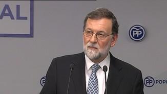 Rajoy se'n va sense assenyalar cap successor i convoca un congrés extraordinari