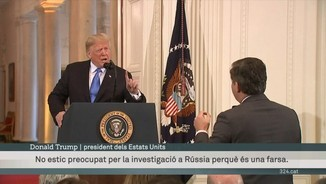Tens enfrontament entre Donald Trump i Jim Acosta, de la CNN