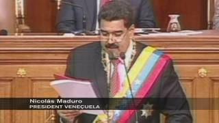 Maduro vol poders absoluts