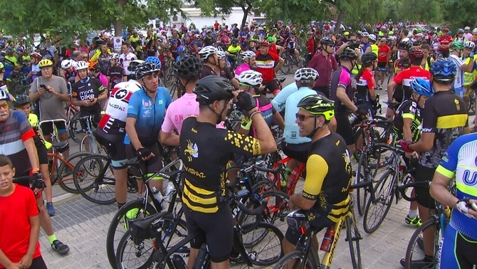 """""""Prou homicidis, més respecte!"""": els ciclistes reclamen l'enduriment del Codi Penal"""