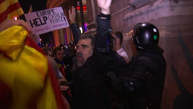 Els vídeos de Sànchez i Cuixart el 20-S contra els arguments per empresonar-los